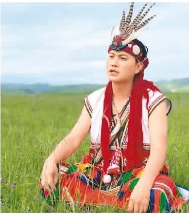 """""""部落歌手""""杨品骅:""""我是中国人"""",这样的呼喊充满自豪"""