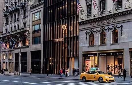 想从纽约第五大道全身而退 华伦天奴或需赔偿2亿美元
