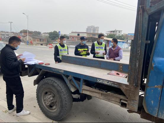 安溪县农业农村局开展农机道路安全执法行动