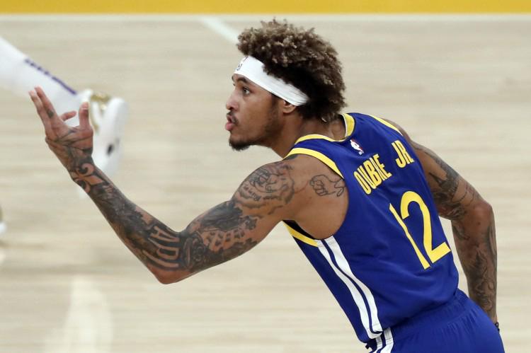 乌布雷:库里在不在场就像白天与黑夜 他是NBA历史上最好的射手