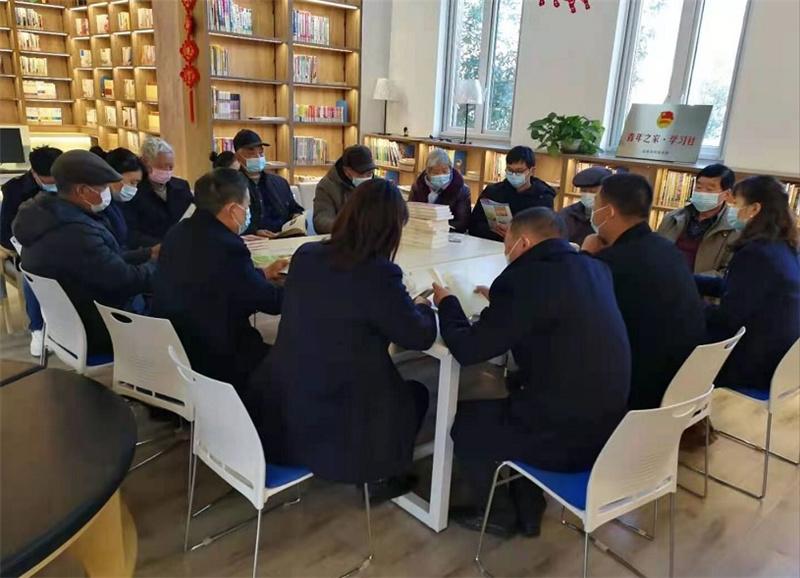 """安徽凤阳府城镇:""""红色读书会""""汲取前行力量"""