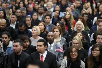 希腊首次针对外国人入籍资格考试5月举行