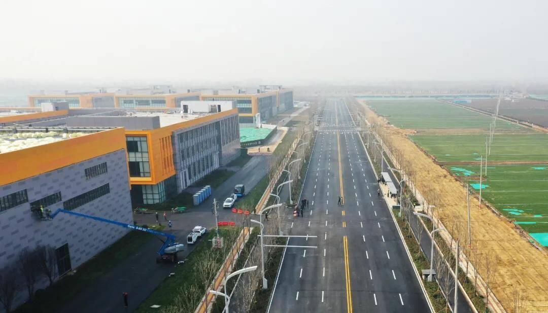 济南绿色建设国际产业园一期10万平方米标准厂房已基本完工