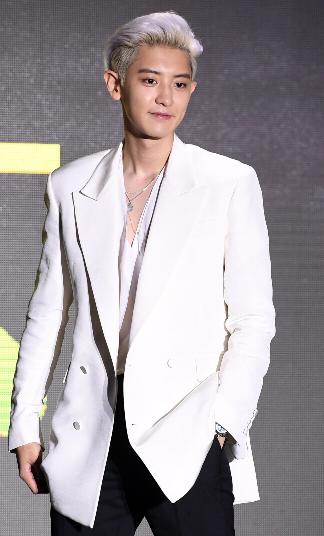 EXO朴灿烈将于3月底服兵役,成组合第五位入伍成员