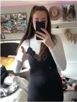因为一条裙子 加拿大17岁女孩被学校开除了