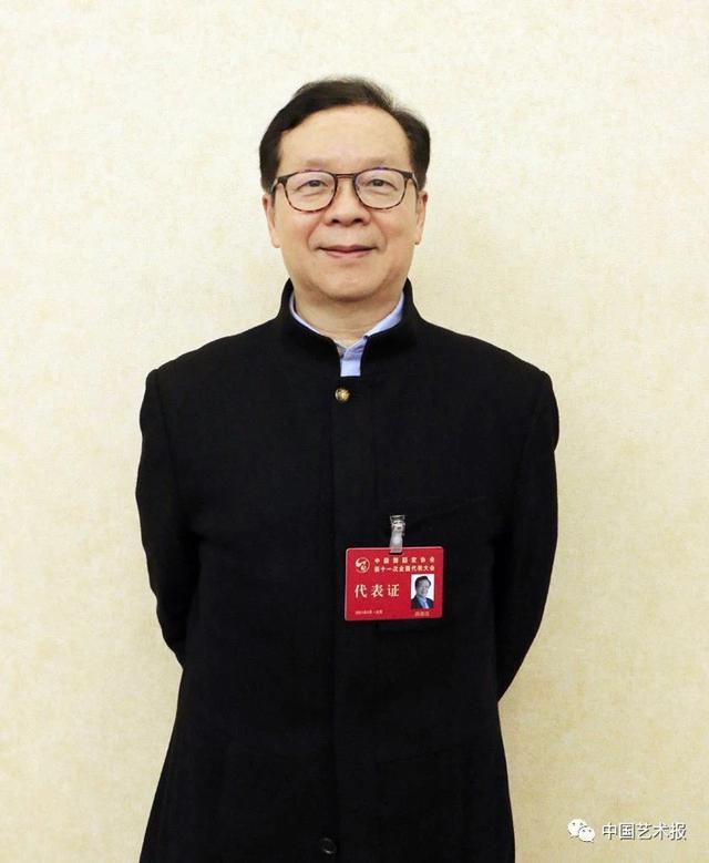 冯双白当选中国舞蹈家协会主席,杨丽萍等14人当选副主席图片