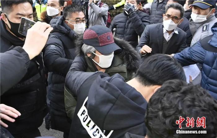 """韩素媛案罪犯低保申请获批引公愤 老兵称""""不如罪犯"""""""