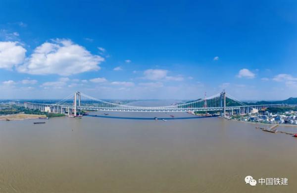 五峰山长江大桥5G上新 全国首例