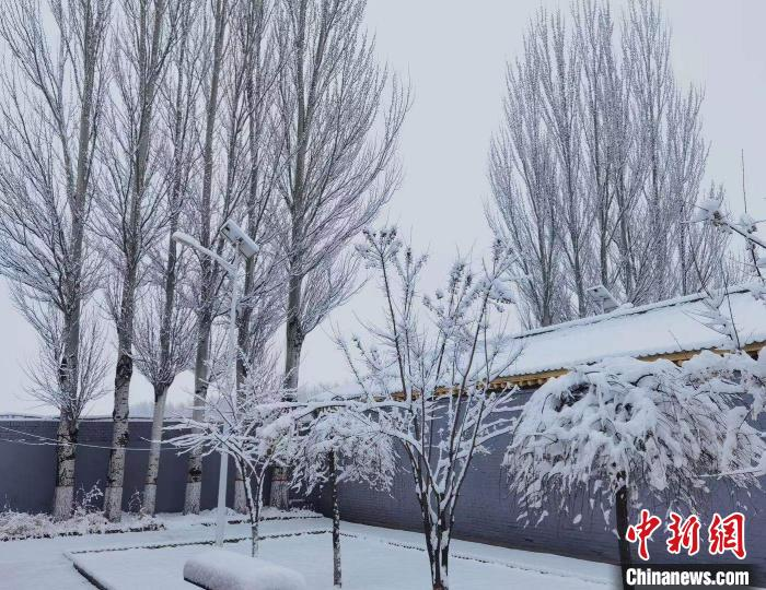 3月17日至19日,受冷暖空气共同影响,山西省有大范围雨雪天气过程。 秦永红 摄