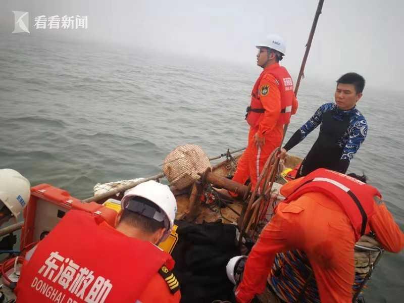 厦门一小型民用直升机坠海3人遇难 仍有1人失踪图片