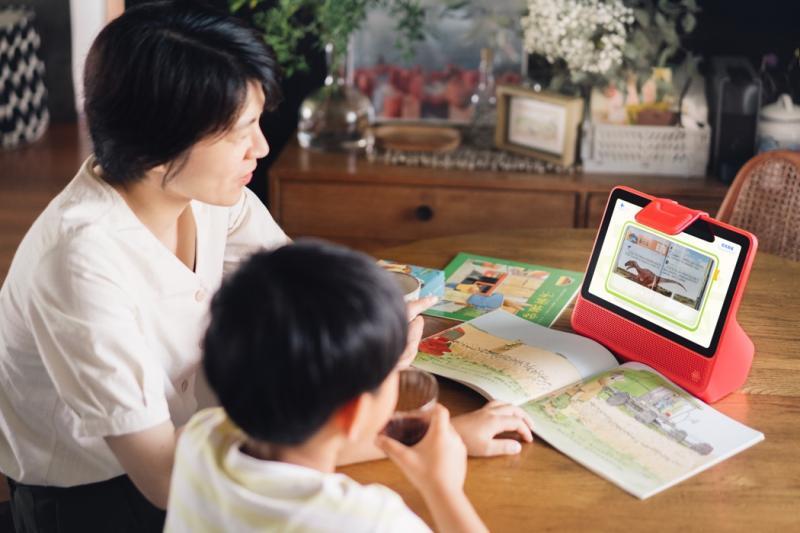 北京中小学开学带动智能教具热销 点读机、学习机、作业灯销量翻番