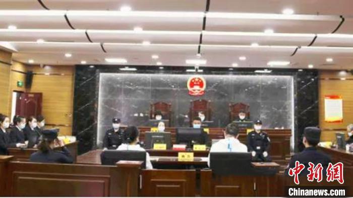 内蒙古住建厅原副厅长李志民受审:使国家遭受1.8亿损失图片