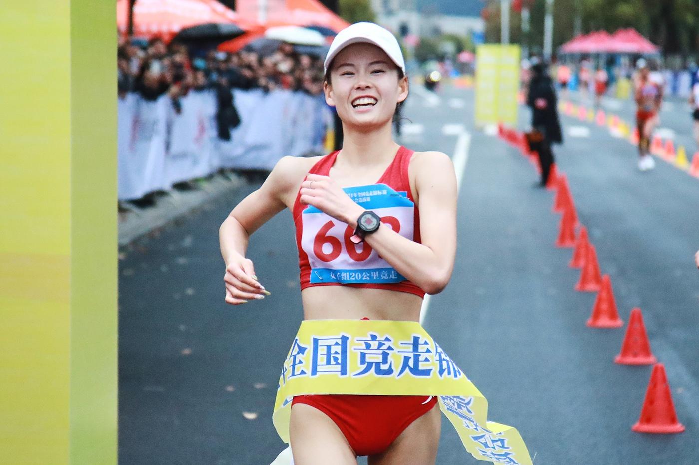 打破世界纪录,锁定奥运资格,杨家玉期待东京奥运会再突破