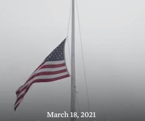 拜登下令降半旗,美网民哀叹:也许我们该永远降半旗