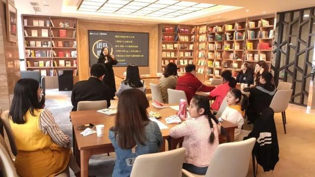 台江举办亲子读书会活动