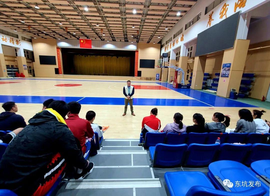 东坑镇男女篮球队积极备战2021东莞市篮球联赛