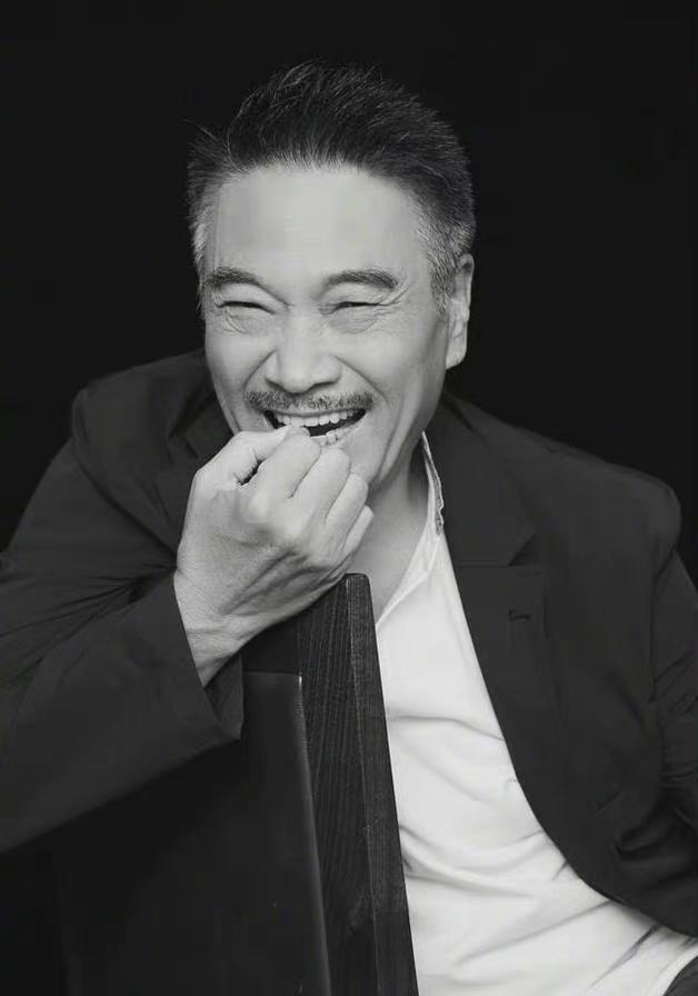 吴孟达丧礼3月7日将在港举行 影迷: 他只是离开地球去别的星球流浪了