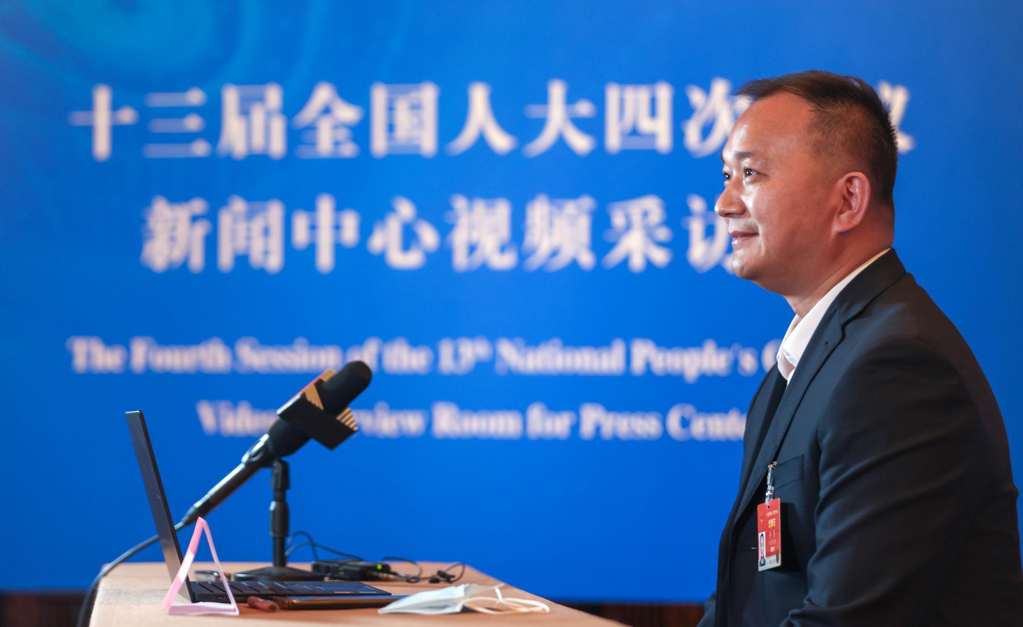 全国人大代表李勇:呼吁给保安行业立法
