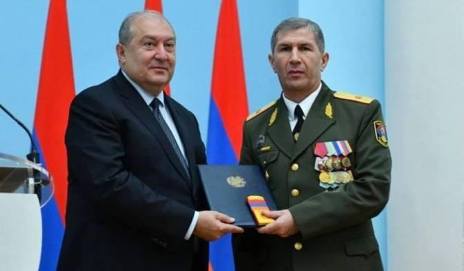 亚美尼亚总统和总参谋长就国内局势进行讨论