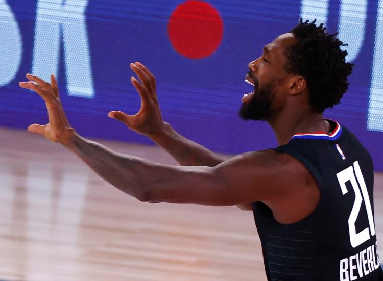 贝弗利转发NBA官方DPOY排行榜:笑哭