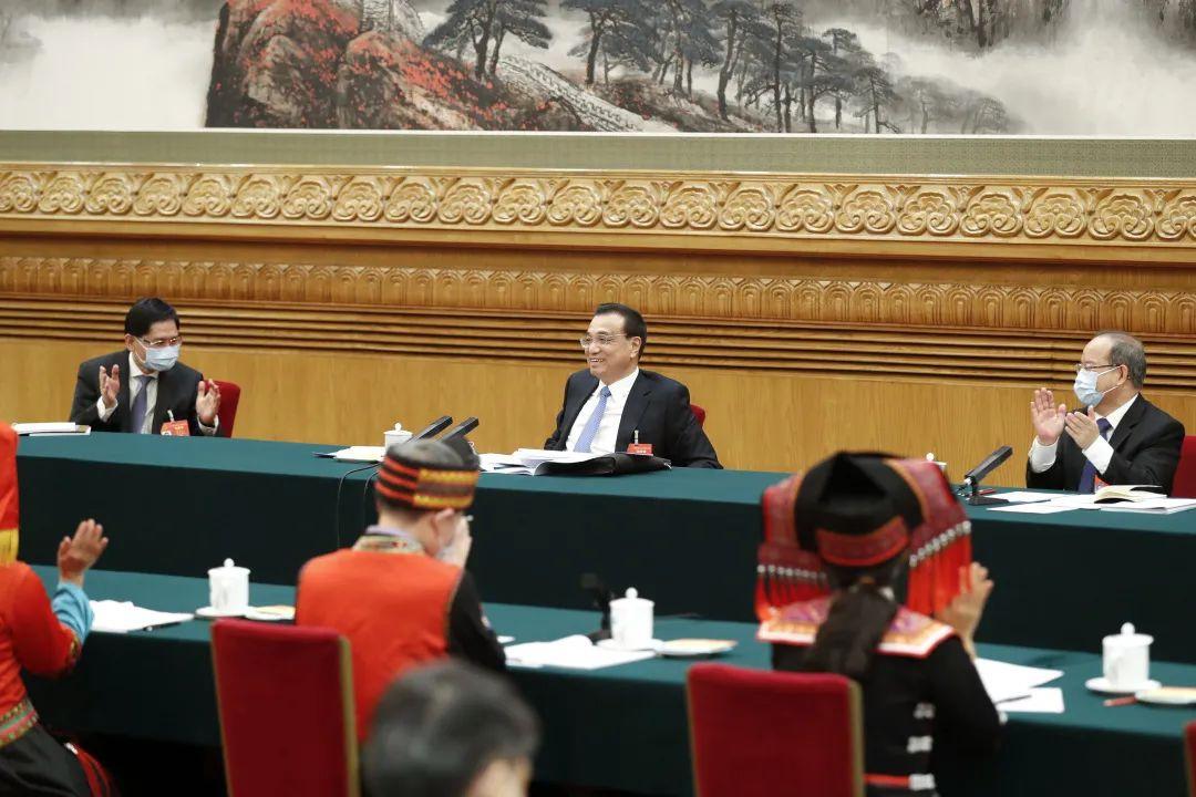 """李克强为何称广西团代表提出的两件""""具体事""""是""""大民生""""图片"""