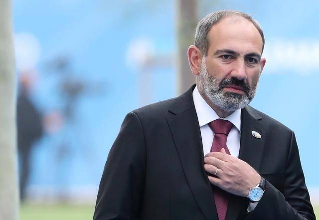 地球局 纳卡冲突4个月后,亚美尼亚总理跟军方闹翻了