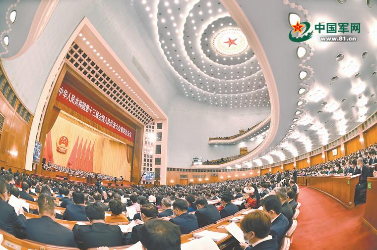 解放军和武警部队代表委员:征途漫漫 惟有奋斗