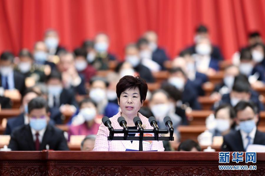 3月7日,全國政協十三屆四次會議在北京人民大會堂舉行第二次全體會議。這是秦博勇委員代表民建中央作大會發言。新華社記者 高潔 攝