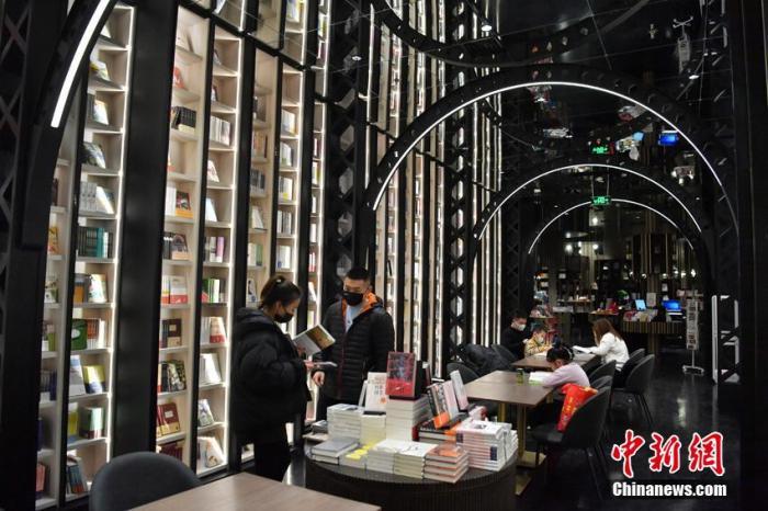 书店竞相转型谋变 中国大众离阅读更近了吗?