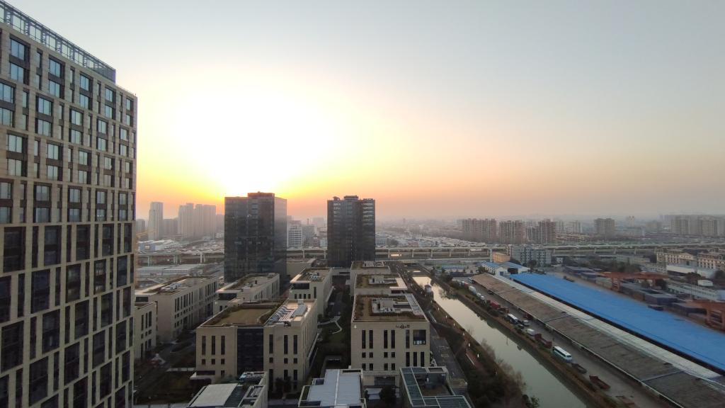 高力国际:上海商业地产市场一季度表现超预期