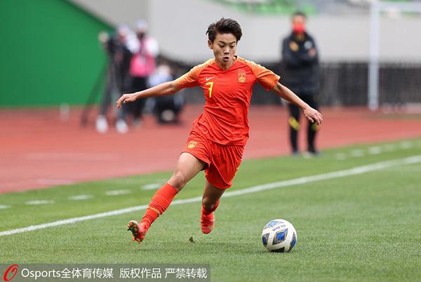 王霜两连击,中国女足总比分4-3淘汰韩国女足挺进奥运会