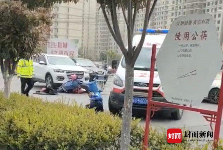 外卖员被救护车二次碾压 司机已停职 家属:现在先考虑救人