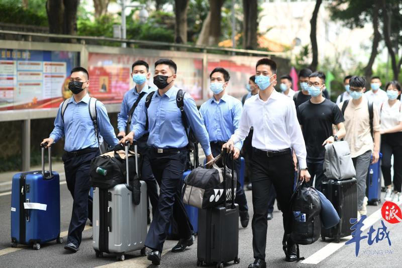 情侣档、博士后……广州公安707名新警,今晨报到!