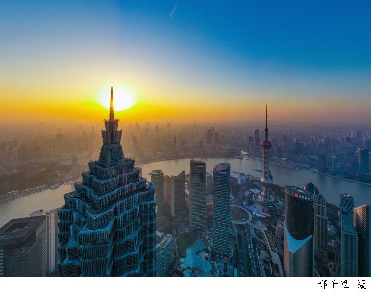名家访谈 | 周振华:构建新发展格局,上海应承担怎样的关键角色