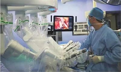 医大二院机器人手术超400例(图)