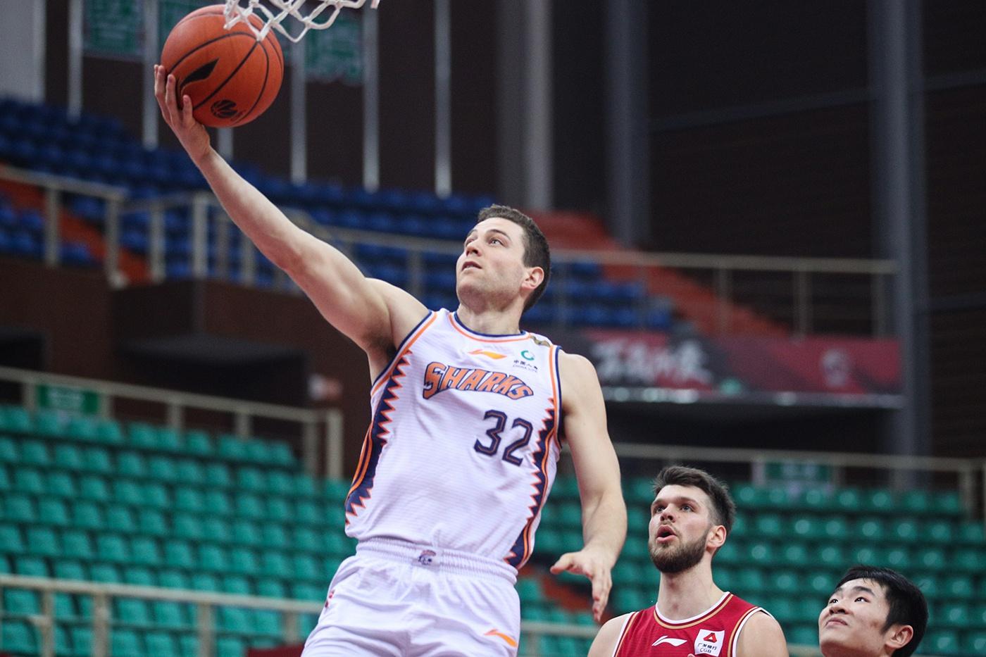 五连败结束赛季,上海男篮何时才能卷土重来?
