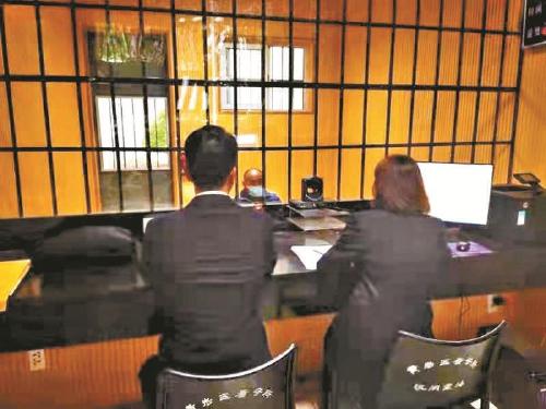 被告人当庭指控办案人员牵出案中案 走关系减刑都是弥天大谎