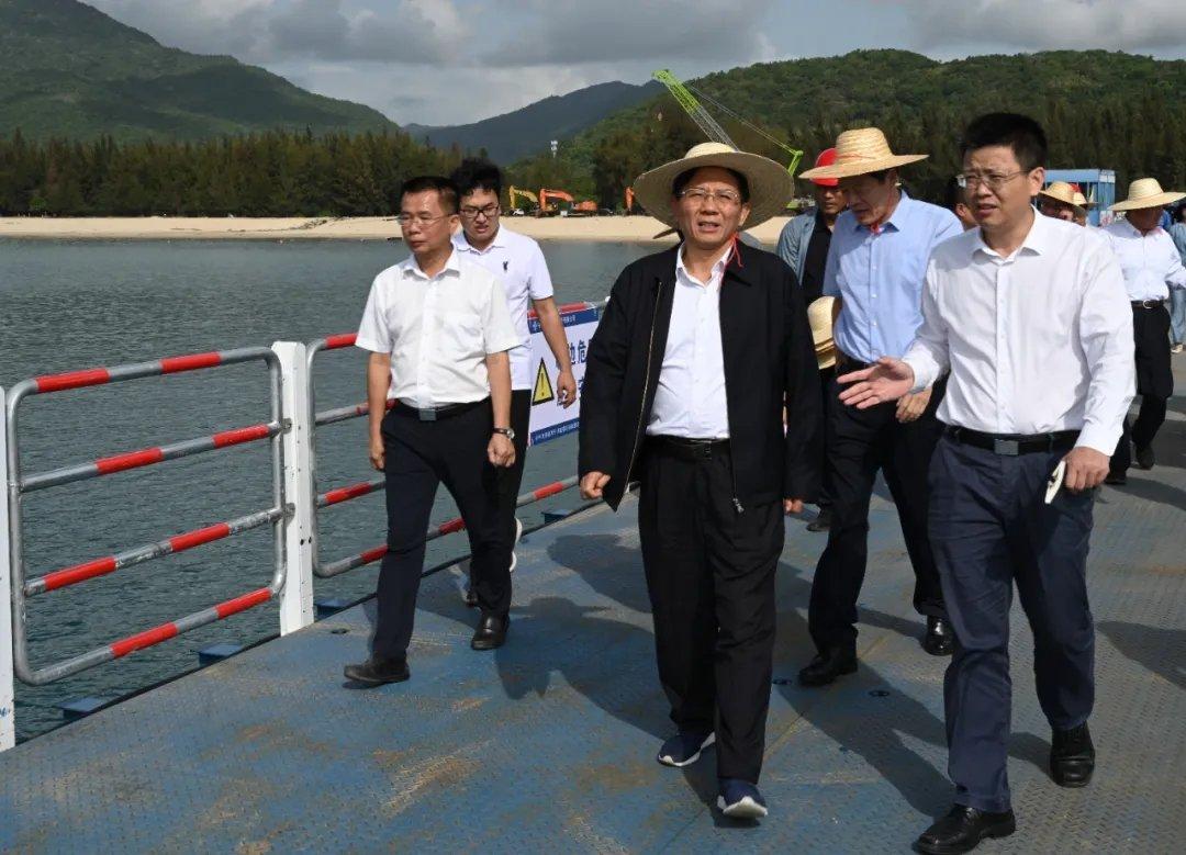 生态环境部党组书记孙金龙赴海南调研