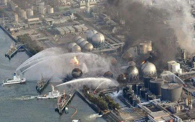 """日本决定将百万吨核废水排入大海,一场危及75亿人的""""灾难""""真的来了?!"""