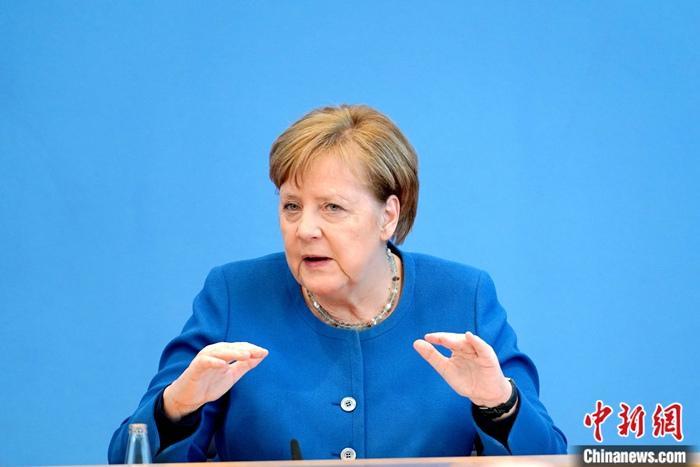 德国内阁通过修法草案 默克尔称将消除抗疫措施模糊性