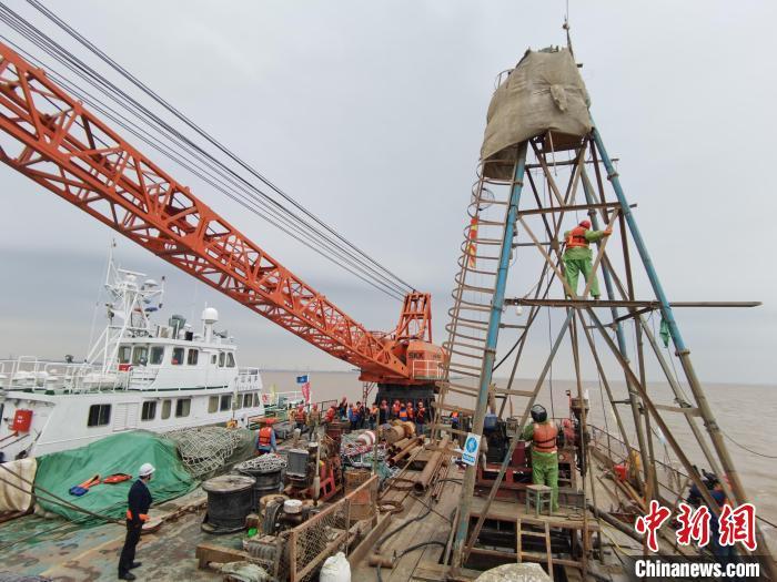 新建通苏嘉甬铁路杭州湾跨海大桥完成地质勘探