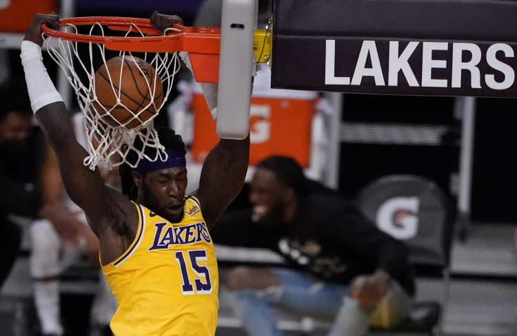 哈雷尔3月场均19.5分7.8篮板 4月至今场均7.3分5.8篮板