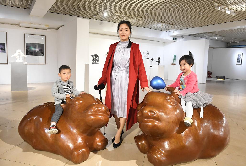 月底前来北航艺术馆,赏50件雕塑作品