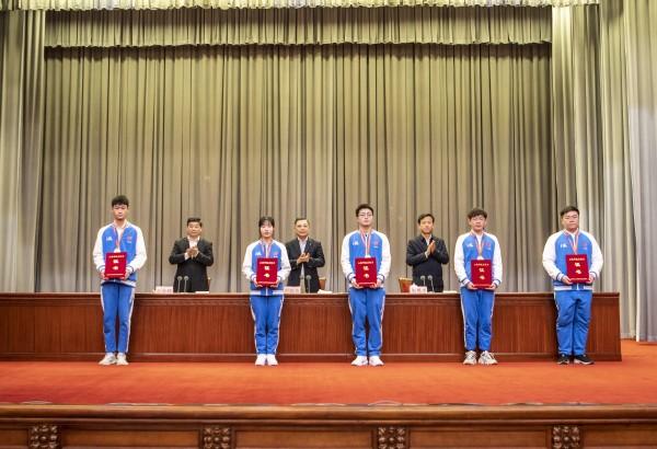 首届全国技能大赛上海参赛总结表彰会在沪召开