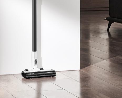 美的新款智能吸尘器上市 190W大吸力 70min超强续航