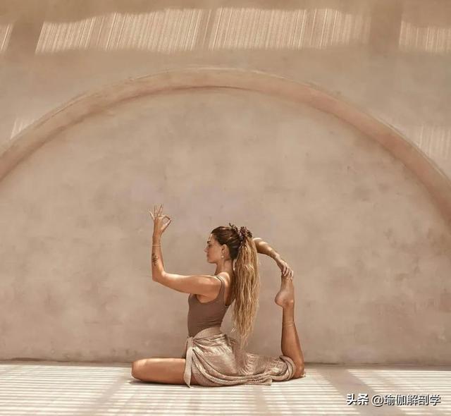 9个瑜伽变体动作,开髋还能加强脊柱灵活性,一定要试试