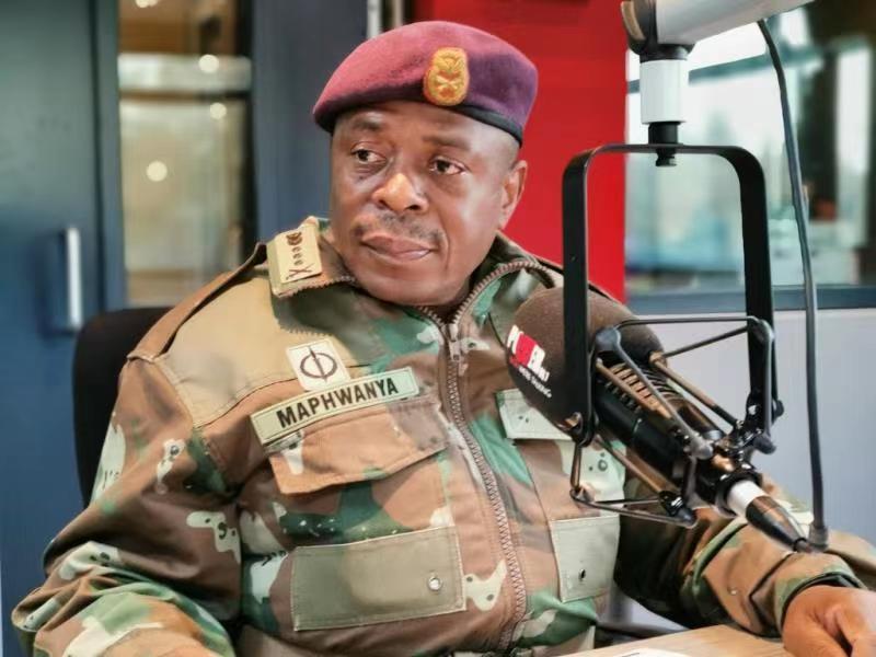 南非更换国防军司令及国防军司令部各军种多名将领