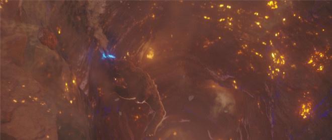 《哥斯拉大战金刚》正片片段 金刚逃离地心世界