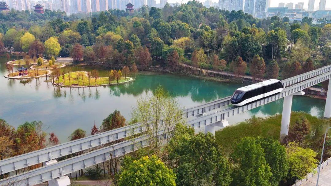 """开往公园的有轨电车!全球首条无人驾驶""""云巴""""璧山开行图片"""