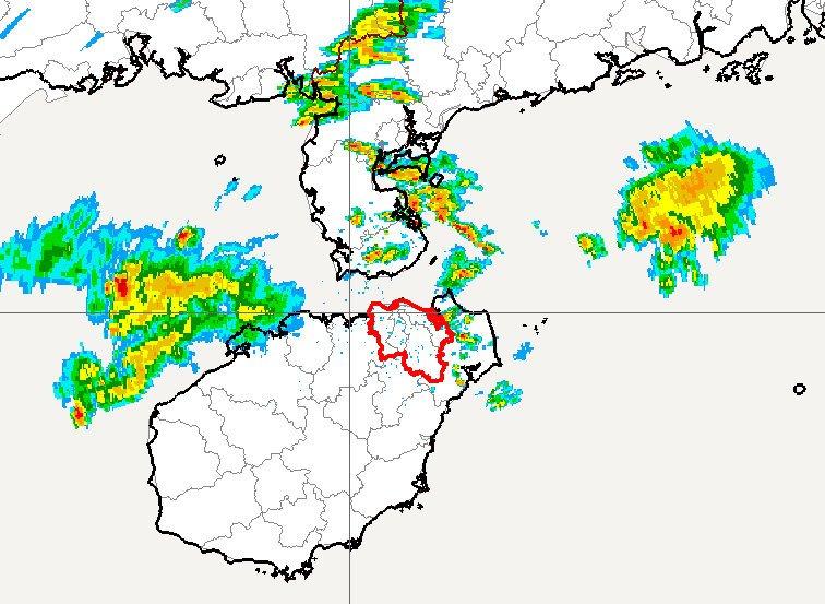 海口:未来三小时,阴天间多云有小雨